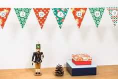 Wimpel Adventskalender | maplepaper: papier und design Bunt, Advent Calendar, Inspiration, Etsy, Cards, Christmas, Home Decor, Design, Garlands