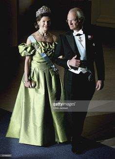 H.M. King Carl Gustaf XVI of Sweden and Queen Silvia arrive for the Gala Dinner at Royal Palace to celebrate King Carl XVI Gustaf of Sweden's 60th Birthday on April 30, 2006 in Stockholm, Sweden.