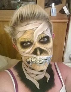 Mom Uses Face Paint to Transform into 22 Creepy Monsters