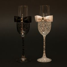 LACE Black & White Wedding champagne glasses/ bride and groom cham pagne flutes