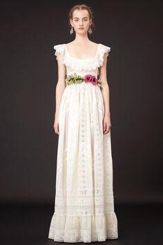 Tumanas Style Blog: Valentino, colección resort primavera verano 2015. Inspiración Frida Kahlo.