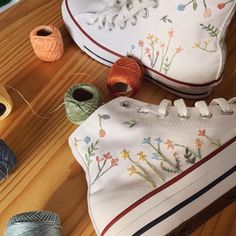 Knee High Converse, Converse Chuck, Embroidery Sneakers, Make Your Own Shoes, All Star, Swag Shoes, Custom Embroidery, Embroidery Ideas, Custom Converse