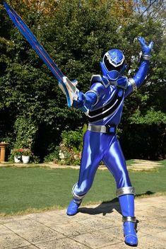 Power Rangers Movie Suits, Power Rangers Dino, Character Art, Character Design, Go Busters, Neon Wallpaper, Suit Of Armor, Kamen Rider, Super Powers