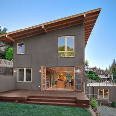 Skillion Roof Design, Pictures, Remodel, Decor and Ideas - page 9 House Siding, House Roof, Modern Exterior, Exterior Design, Exterior Paint, Stucco Exterior, Roof Design, House Design, Deck Design