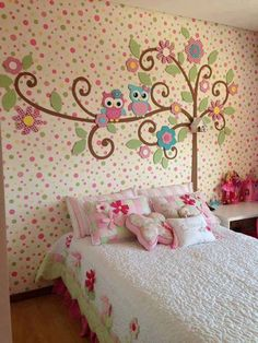 Adorable children's room decor...love the mural on the wall! So cute
