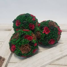 Busy photographing new products today and doing a warehouse inventory.... How's your Friday going? Aren't these little Cedar Rose balls cute?! You can find them online now! #friday #workinghard #homedecor #roses  #decor #moss #pinecone #livingroomdecor #cottagestyle #countrycottage Dried Flower Bouquet, Flower Bouquets, Dried Flowers, Drying Roses, Preserved Roses, Dry Plants, Bowl Fillers, Pinecone, Flower Ideas