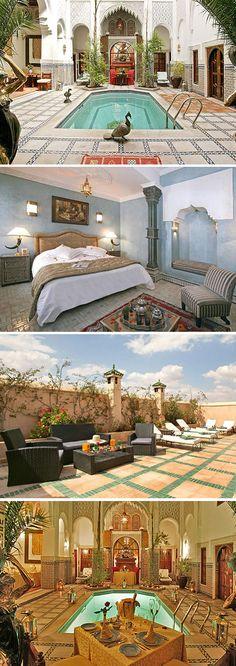 Op zoek naar een hotel voor een romantisch verblijf in de Marokkaanse stad Marrekech? Beleef het sprookje uit 1.001 nacht in het kleinschalige vijfsterren hotel Riad & Spa Esprit du Maroc. Laat je betoveren door een bijzonder stukje Afrika.