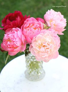 Peonies, peonies and more peonies... the most gorgeous flower ever!