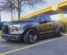 ford explorer off road Dropped Trucks, Lowered Trucks, Lowered F150, Custom Chevy Trucks, Ford Pickup Trucks, Mini Trucks, New Trucks, Ford Explorer Accessories, Ford Lightning