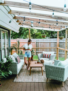 Did you want make backyard looks awesome with patio? e can use the patio to relax with family other than in the family room. Here we present 40 cool Patio Backyard ideas for you. Hope you inspiring & enjoy it . Cozy Backyard, Backyard Patio Designs, Backyard Landscaping, Cozy Patio, Backyard Pergola, Simple Backyard Ideas, Patio Decks, Small Patio Design, Patio Roof
