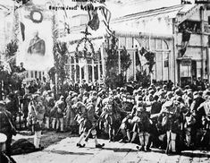 [May In pursuit of Greek premier Eleuthérios Venizélos's territorial ambitions Greek forces occupy Greek-speaking Smyrna (modern Izmir) on Turkey's Aegean coast (with Allied military support). Turkish War Of Independence, Hellenic Army, Greek Soldier, Greek History, Red Army, World War I, Military History, Old Photos, Istanbul