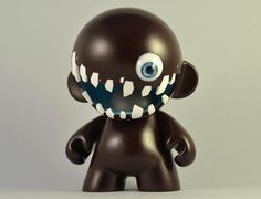 30 Exceptional Examples of Designer Toys | Multy Shades