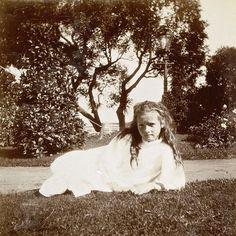 Rare photo of Tatiana Nikolaevna, 1905. Photo source: vk.com/naaotma #russian #grandduchess #tatiana #romanov #beautiful #gorgeous #rare #picture #of #her #in #1905 #imperial #russia #history #russianroyalty