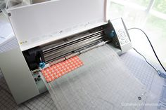How to cut Fabric with a Silhouette Cameo or Portrait. Great tutorial with tips!