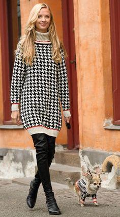 Sweaterkjolen er strikket i de grafisk flotte pepitatern - også kaldet hundetandstern. Brug den som kort kjole over strømpebukser eller gamascher eller som lang sweater til jeans