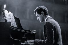 Alessandro Martire - I got the chance to be the photographer for a concert of the italian composer Alessandro Martire, good luck to this guy full of passion.   https://www.facebook.com/Alessandromartirecomposerr  I turned this picture to B&W then added a bit of cold tint on shadows to get a more dramatic and contrasted effect.