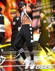 BTS JiMin #BangtanBoys #BTS im not even jure Jimin's abs are humanly possible (*´▽`*) (*˘︶˘*).。.:*♡ ╰(*´︶`*)╯♡