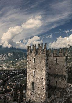 Castello di Arco, Arco, Province of Trentino , Trentino-alto-Adige region Italy .
