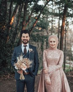 Terrific message to read based upon Wedding Photoshoot Muslim Wedding Gown, Hijabi Wedding, Wedding Hijab Styles, Muslimah Wedding Dress, Muslim Wedding Dresses, Wedding Poses, Wedding Photoshoot, Wedding Couples, Muslim Couple Photography