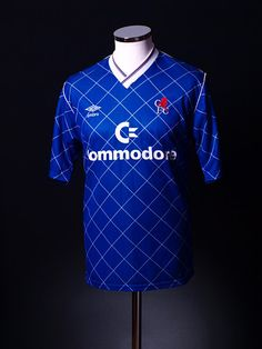 Chelsea Umbro Home Shirt Football Tops, Retro Football, Football Uniforms, London Football, British Football, Sports Jerseys, Football Jerseys, Chelsea Fc Team, Footlocker