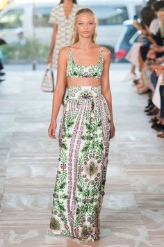 Fashion, Shopping & Style   Tory Burch Crafts a Boho Spring With a Dose of…