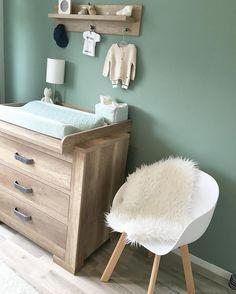 Groen kan ook een hele mooie neutrale kleur zijn voor op de babykamer!