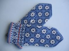 Latvian mittens by LilleMy2009, via Flickr