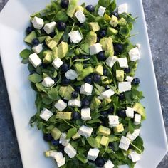 Salad Menu, Salad Dishes, Easy Salad Recipes, Easy Salads, Healthy Recipes, Crab Stuffed Avocado, Cottage Cheese Salad, Raw Broccoli, Dinner Salads