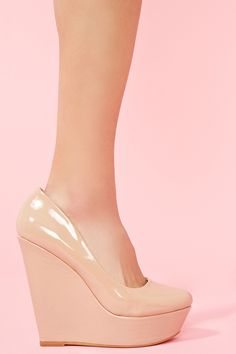 nude pumps are a must