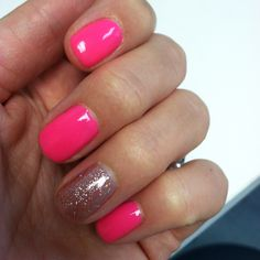 Shellac mani with sparkle accent nail!