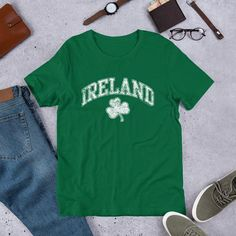 a06b20d77b386 Items similar to St Patricks Day Shirt Men Vintage St Paddys Day TShirt  Ireland St Pattys Tee Unisex Retro Irish Shamrock on Etsy
