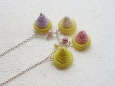 Iced Gems Cookie Necklace.