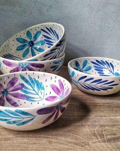 Inspiring methods that we love! Ceramic Soap Dish, Ceramic Fish, Ceramic Pots, Ceramic Clay, Ceramic Painting, Ceramic Pottery, Pottery Painting Designs, Pottery Designs, Paint Designs
