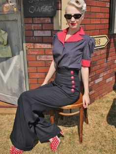 1940s Vintage Style Navy Blue Swing Trousers with Red Buttons