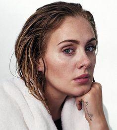 La chanteuse Adele en couverture du magazine Rolling Stone, en novembre 2015.