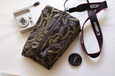 dslr Camera case for Men or Women Padded Travel bag Canon/Nikon/Fuji/Olympus Shoulder handbag insert Zipper purse Gift ideas for…