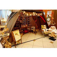 【#ウェルカムスペース 】 . ウェルカムスペースはスペースをめいっぱい使って テントを張りました\( ˆoˆ )/ ほぼほぼDIYで作ったものを並べました♡ 当日、カメラマンさんにここで写真を撮ってもらいました プランナーさんとも写真を撮れたので…」 Gift Wrapping, Camping, Display, Bridal, Outdoor, Instagram, December, Wedding Ideas, Space