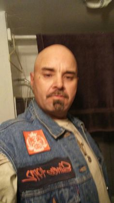 Aka Katdaddy Unlimted r.c. club Tucson az well known on south side of tucson Aka katdaddy won 16 hell in the cell matches 1 tye from n.y. youngster .6 wins with 2 men in the cell against him solo. Also was on bandidos fight team juggernaut. Wich he won 3 wins against CTR roswell n.m. was dissmissed for Hip c.was on a good run winning against guys half his age. Also won 4 .wyoming 500$bar brawls last man standing.  Lyle humphreys.