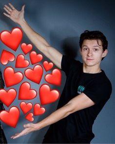 Memes Heart Tom Holland 30 Ideas For 2019 Heart Meme, Cute Love Memes, Tom Holland Peter Parker, Marvel Jokes, Tommy Boy, Tom S, Wholesome Memes, Meme Faces, Reaction Pictures