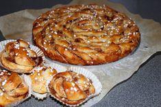 mega_jattestor_bauta_kanelbulle_baka_bullar_utan_jast_med_bakpulver British Baking, Fika, Pavlova, Nom Nom, Bakery, Good Food, Food And Drink, Cooking Recipes, Tasty