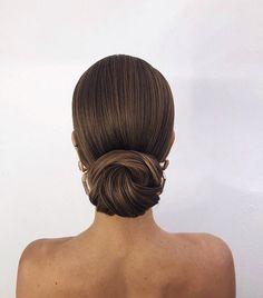 60 Trendiest Updos for Medium Length Hair – Hair Styles 2019 Bridal Hair Updo, Wedding Updo, Wedding Hair And Makeup, Hair Makeup, Bridal Bun, Updos For Medium Length Hair, Updo For Short Hair, Thick Hair Updo, Braut Make-up