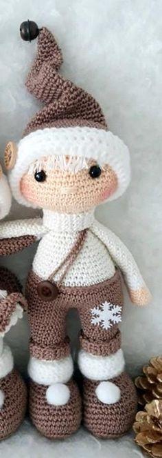 Crochet Doll Pattern, Crochet Patterns Amigurumi, Knitting Patterns, Crochet Crafts, Crochet Toys, Free Crochet, Christmas Crochet Patterns, Holiday Crochet, Christmas Accessories