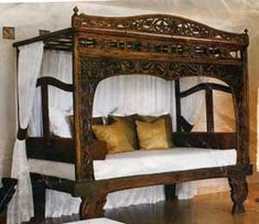 Java Canopy Bed Frame