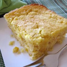 """Awesome and Easy Creamy Corn Casserole 