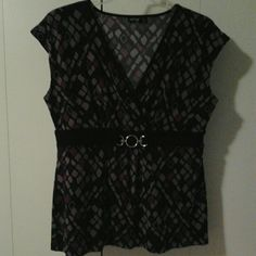 """Pretty Purple Patterned Blouse w/ Metal Accent Flattering and soft comfortable purple patterned blouse with black strip of fabric under the bustline with a metal buckle accent.  Fake wrap neckline.  Bust measures 42"""".  Very stretchy. Apt. 9 Tops Blouses"""