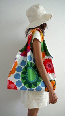 Large reversible bag based on Burda pattern