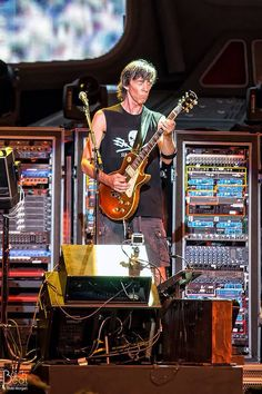 Tom Scholz of Boston. One of the best guitar tones out there.