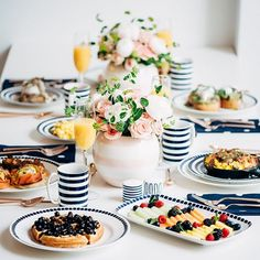 A New York inspired brunch with @katespadeny! I love love love the navy and white paired with blush peonies and roses. More on sequinsandstripes.com www.liketk.it/242OP #liketkit