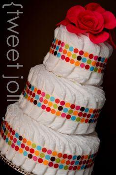 diaper cake...looks easier/better than the rolled version.