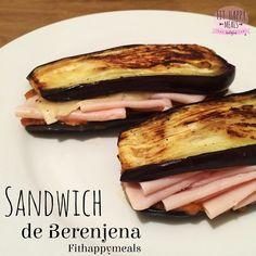 1⃣ Funny dinner for anyone? Eggplant sándwich!  Its so tasty!!!. . cena divertida y original? Sándwich de berenjena! Simplemente es hacer berenjena a la plancha y rellenarla como si fuera un sándwich normal. Yo lo he rellenado con pavo bajo en grasa y en sal, una loncha de queso bajo en grasa y salsa mexicana (en el blog)